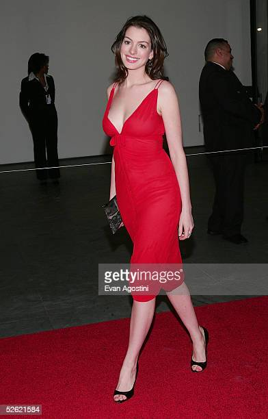 Actress Anne Hathaway arrives at A Work In Progress An Evening With Marc Forster at the Museum of Modern Art on April 12 2005 in New York City