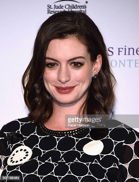 Actress Anne Hathaway arrives at LA Art Show And Los Angeles Fine Art Show's 2016 Opening Night Premiere Party Benefiting St. Jude Children's...