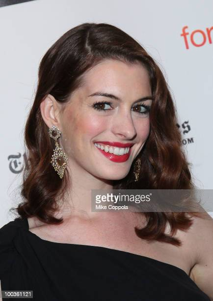 Actress Anne Hathaway arrives at the 55th Annual Drama Desk Awards at the FH LaGuardia Concert Hall at Lincoln Center on May 23 2010 in New York City