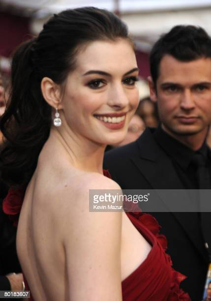 Actress Anne Hathaway arrives at the 80th Annual Academy Awards at the Kodak Theatre on February 24, 2008 in Hollywood.