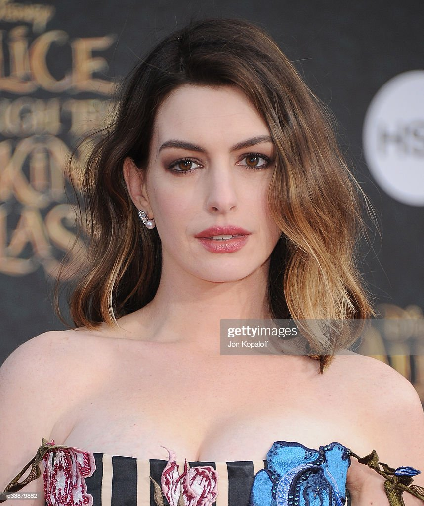 Anne Hathaway At The Hustle Premiere In Hollywood: Actress Anne Hathaway Arrives At The Los Angeles Premiere
