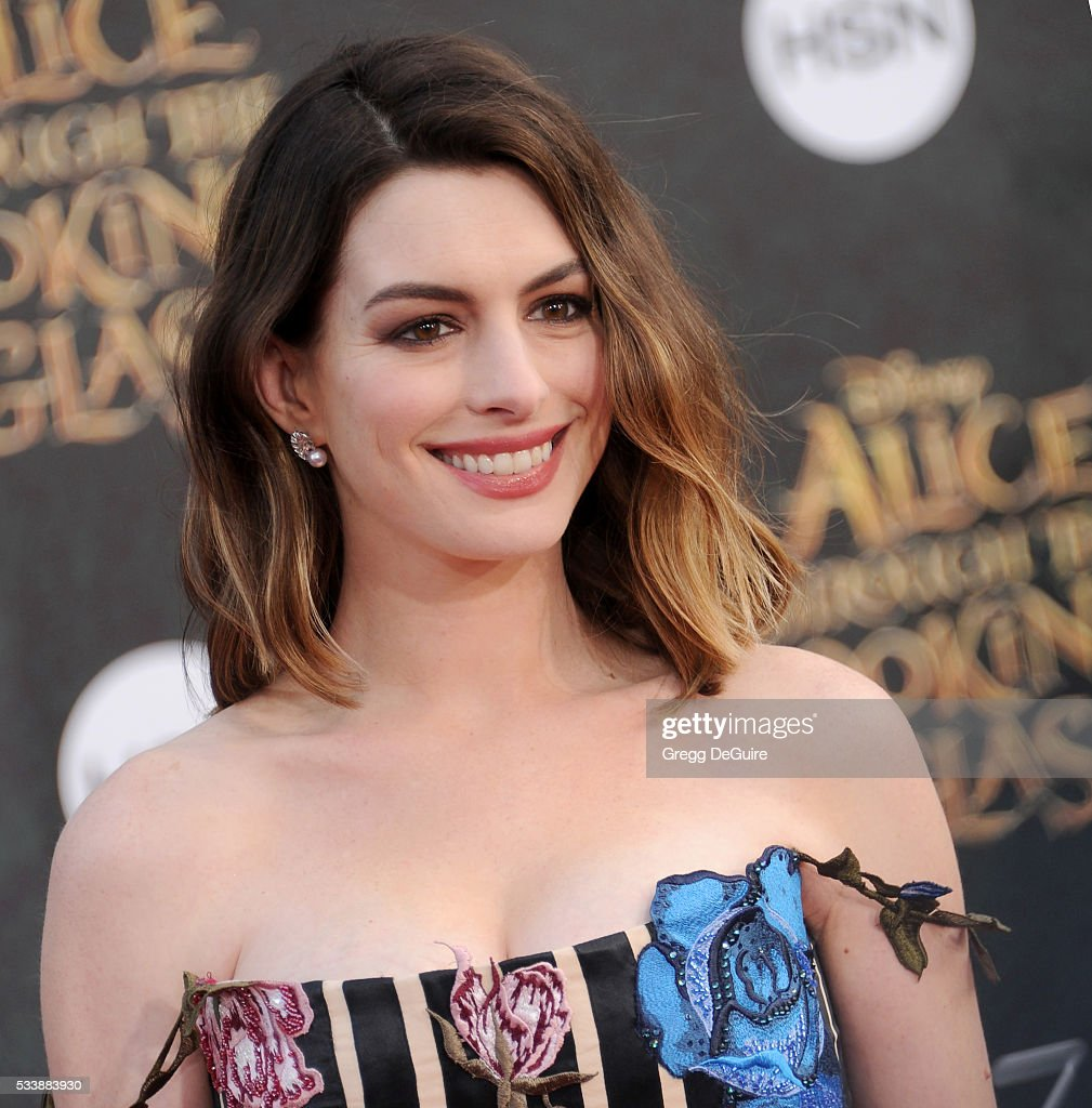Anne Hathaway At The Hustle Premiere In Hollywood: Actress Anne Hathaway Arrives At The Premiere Of Disney's