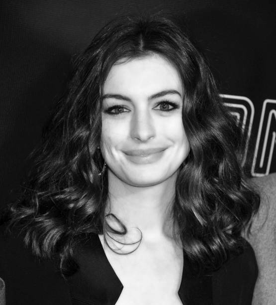 Anne Hathaway Actress: Anne Hathaway Actress Photos
