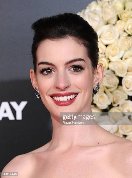"""Actress Anne Hathaway arrives at the premiere of New Line Cinema's 'Valentine's Day"""" held at Grauman's Chinese Theatre on February 8, 2010 in Los..."""