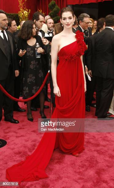 Actress Anne Hathaway arrives on the red carpet for The 80th Annual Academy Awards held at the Kodak Theater on February 24 2008 in Hollywood...