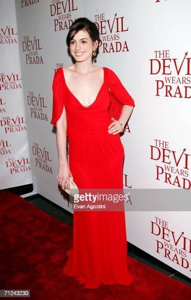 Actress Anne Hathaway attends the 20th Century Fox premiere of The Devil Wears Prada at the Loews Lincoln Center Theatre on June 19, 2006 in New York...