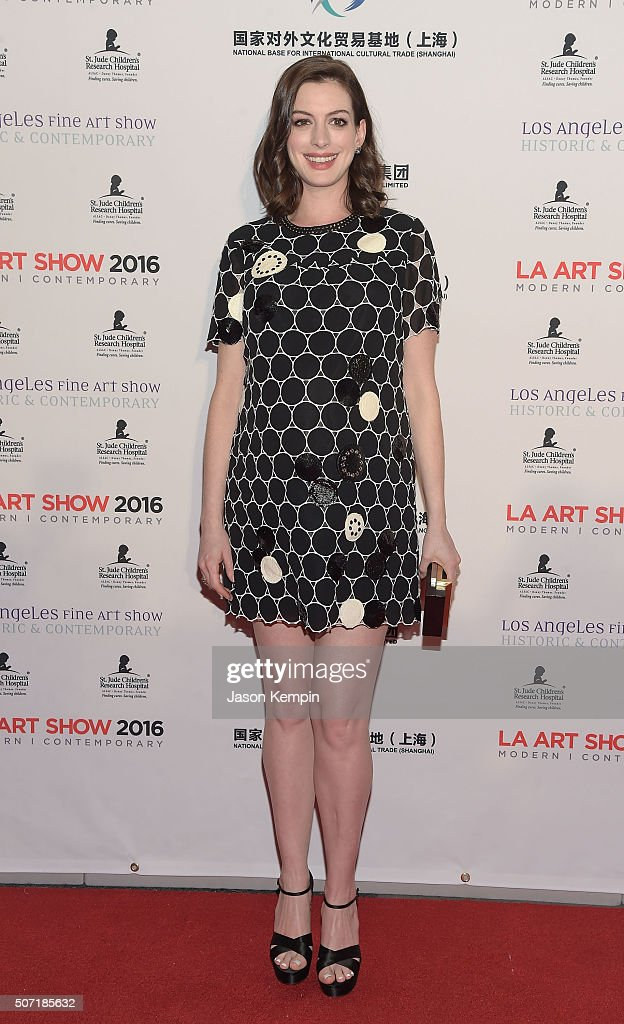 Actress Anne Hathaway attends the LA Art Show And Los Angeles Fine Art Show's 2016 Opening Night Premiere Party Benefiting St. Jude Children's Research Hospital at Los Angeles Convention Center on January 27, 2016 in Los Angeles, California.