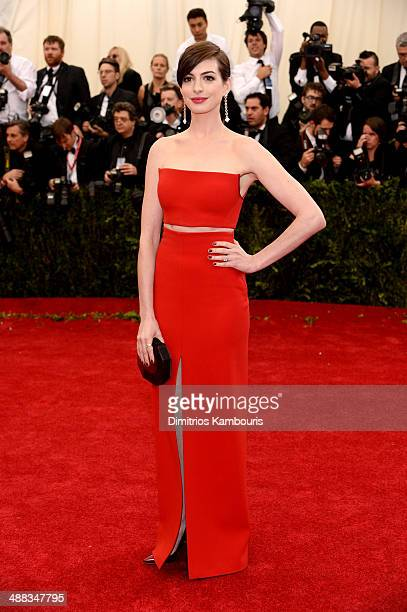 """Actress Anne Hathaway attends the """"Charles James: Beyond Fashion"""" Costume Institute Gala at the Metropolitan Museum of Art on May 5, 2014 in New York..."""