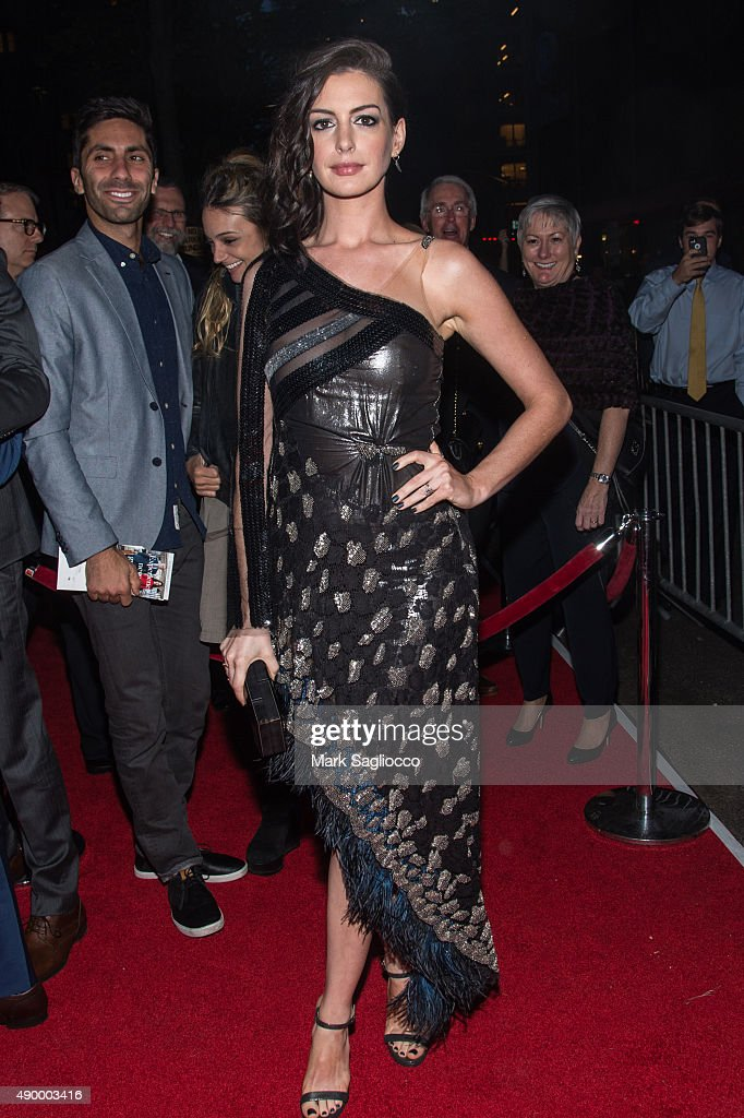 Actress Anne Hathaway attends 'The Intern' New York Premiere at the Ziegfeld Theater on September 21, 2015 in New York City.