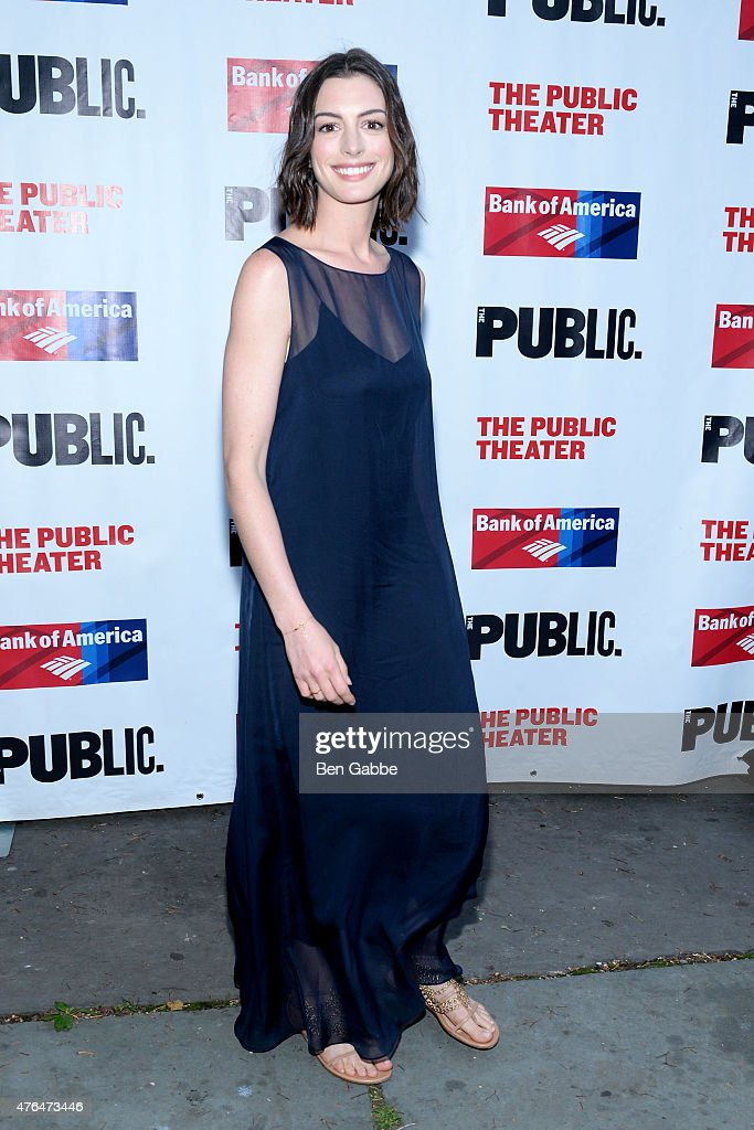 Actress Anne Hathaway attends The Public Theater's Annual Gala at Delacorte Theater on June 9, 2015 in New York City.