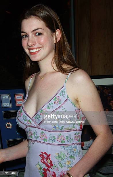 Actress Anne Hathaway is on hand at AmFAR's Boathouse Rocks benefit at Tavern on the Green