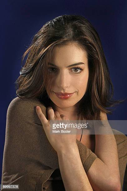 Actress Anne Hathaway poses for a portrait session at the Four Seasons Hotel in Beverly Hills October 6 2008 for Los Angeles Times Published image