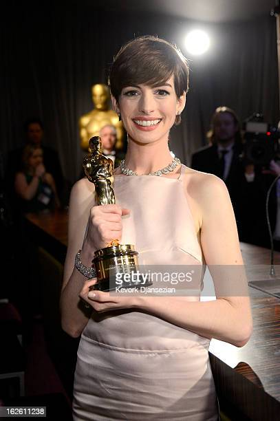 Actress Anne Hathaway winner of the Best Supporting Actress award for 'Les Miserables' attends the Oscars Governors Ball at Hollywood Highland Center...