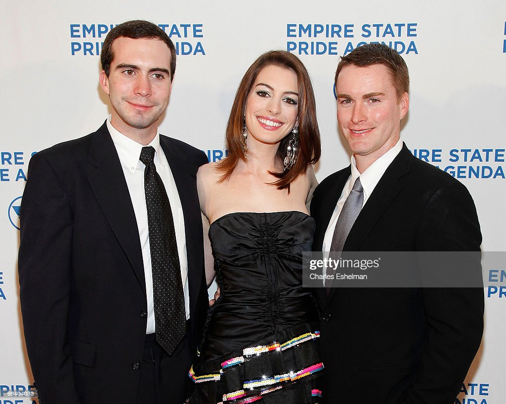 Actress Anne Hathaway (C) with her brothers Thomas Hathaway (L) and Michael Hathaway (R) attend the 18th Annual Empire State Pride Agenda Fall Dinner at the Sheraton New York Hotel & Towers on October 22, 2009 in New York City.