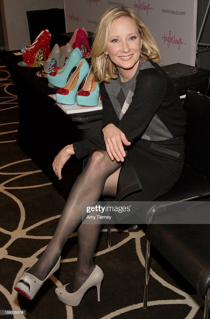 Actress Anne Heche attends Kari Feinstein's Pre-Golden Globes Style Lounge at the W Hollywood on January 11, 2013 in Hollywood, California.