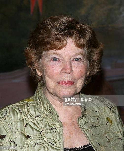 Actress Anne Jackson attends the Neighborhood Playhouse School of the Theatre 80th Anniversary Gala and Reunion at Tavern on the Green on November 9...