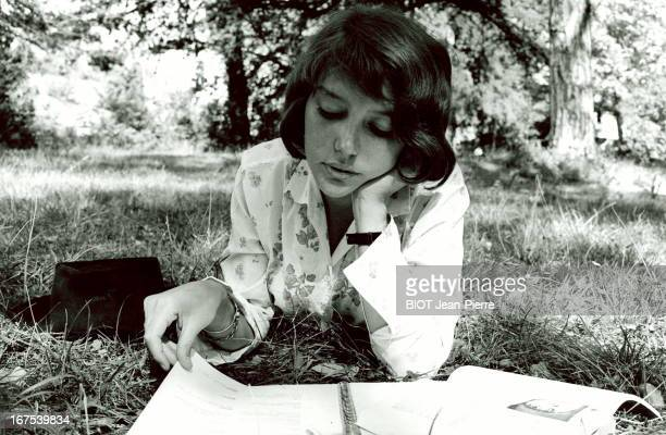 Actress Anne Wiazemsky studies a philosophy book between shots on the set of the film 'Au Hasard Balthazar' by Robert Bresson on September 22 1965 in...