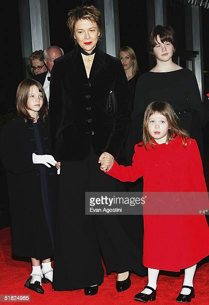 Actress Annette Bening and children Isabel Ella and Kathlyn arrive at the 27th Annual Kennedy Center Honors at US Department of State December 4 2004...