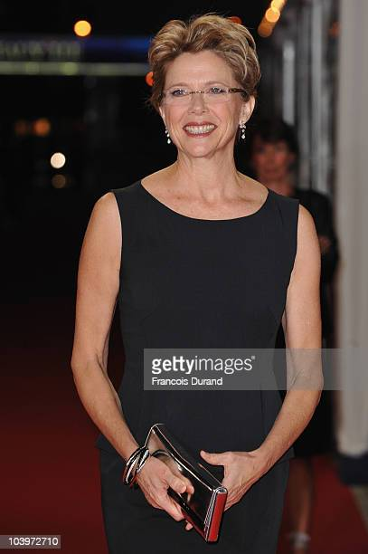 Actress Annette Bening arrives to attend the premiere of the film 'The Kids Are Allright' during the 36th Deauville American Film Festival on...