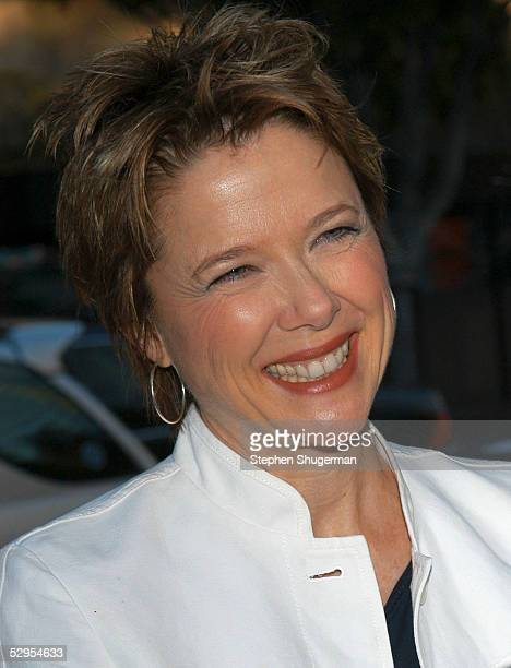 Actress Annette Bening attends the reception prior to the Library Foundation of Los Angeles 2005 Awards Dinner honoring Harper Lee at the Richard J...
