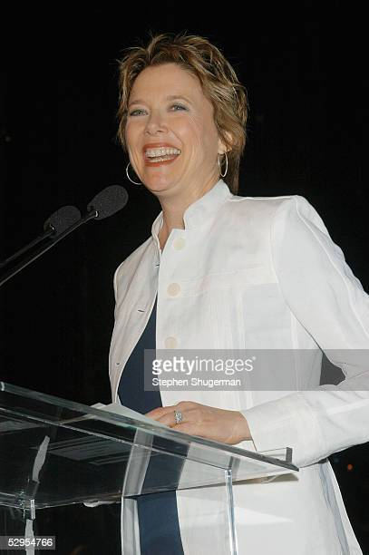 Actress Annette Bening speaks at the Library Foundation of Los Angeles 2005 Awards Dinner honoring Harper Lee at the City National Plaza on May 19...