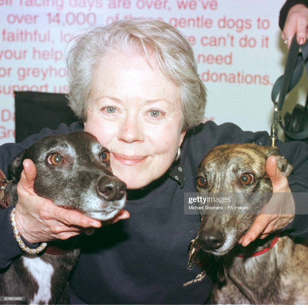 Annette Crosbie (born 1934)