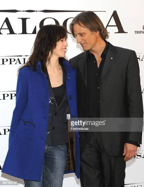 Actress Ariadna Gil and actor Viggo Mortensen attend Appaloosa photocall at the Ritz Hotel on November 20 2008 in Madrid Spain