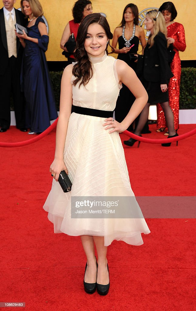 Actress Ariel Winter arrives at the 17th Annual Screen Actors Guild Awards held at The Shrine Auditorium on January 30, 2011 in Los Angeles, California.
