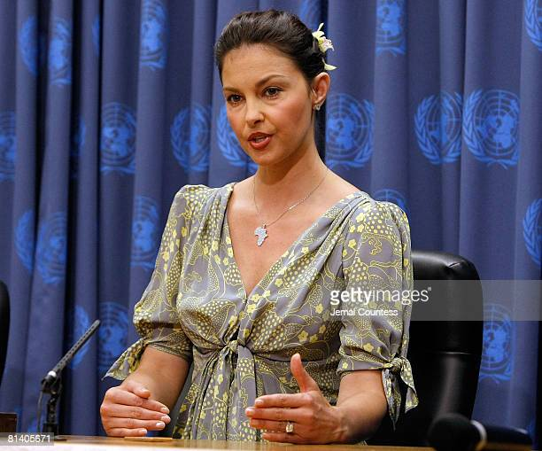 Actress Ashely Judd attends and speaks at a press conference following a special thematic debate at the United Nations to focus global attention on...