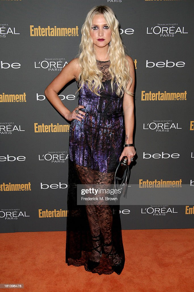 Actress Ashlee Simpson arrives at Entertainment Weekly's Pre-Emmy Party at Fig & Olive Melrose Place on September 20, 2013 in West Hollywood, California.