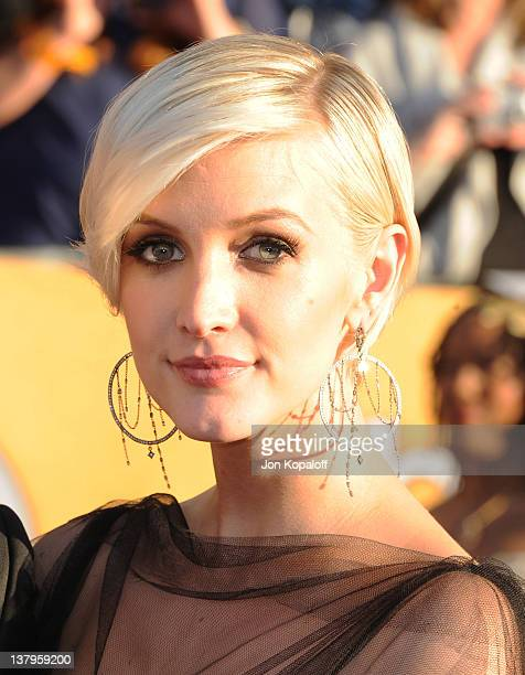 Actress Ashlee Simpson arrives at the 18th Annual Screen Actors Guild Awards held at The Shrine Auditorium on January 29, 2012 in Los Angeles,...