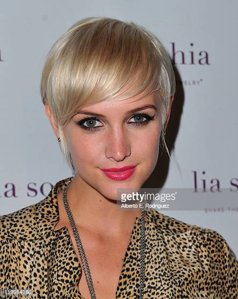 Actress Ashlee Simpson arrives to the unveiling of lia sophia's latest jewelry creations at the Sunset Marquis Hotel on July 26 2011 in West...