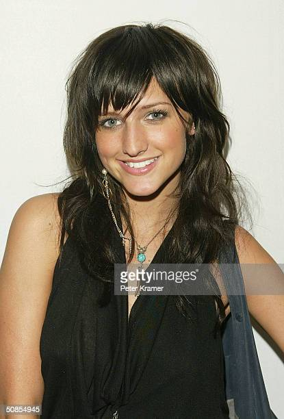 Actress Ashlee Simpson attends The WB Upfront AllStar Party on May 18 2004 in New York City