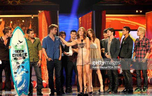 Actress Ashley Greene and the cast of The Twilight Saga: New Moon speak onstage during the 2010 Teen Choice Awards at Gibson Amphitheatre on August...