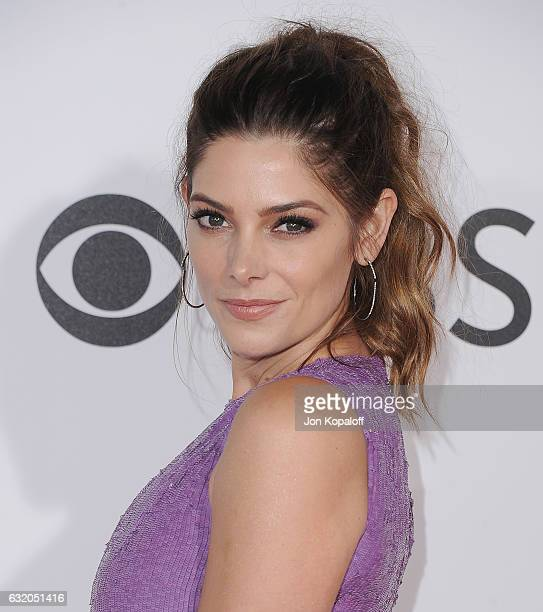 Actress Ashley Greene arrives at the People's Choice Awards 2017 at Microsoft Theater on January 18, 2017 in Los Angeles, California.