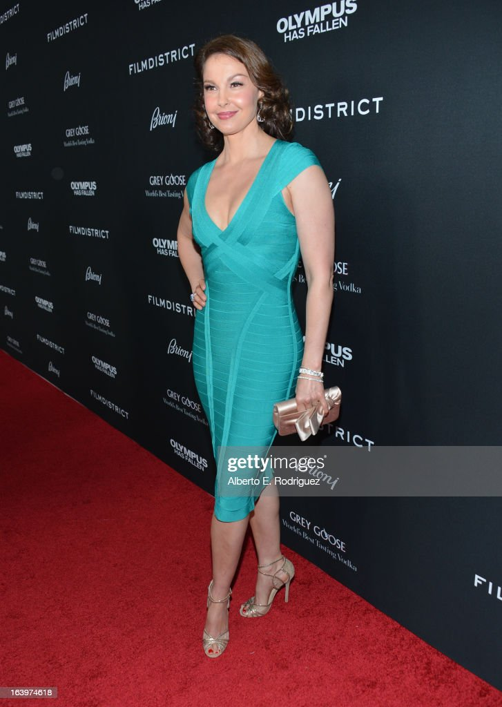 Actress Ashley Judd arrives at the premiere of FilmDistrict's 'Olympus Has Fallen' at ArcLight Cinemas Cinerama Dome on March 18, 2013 in Hollywood, California.