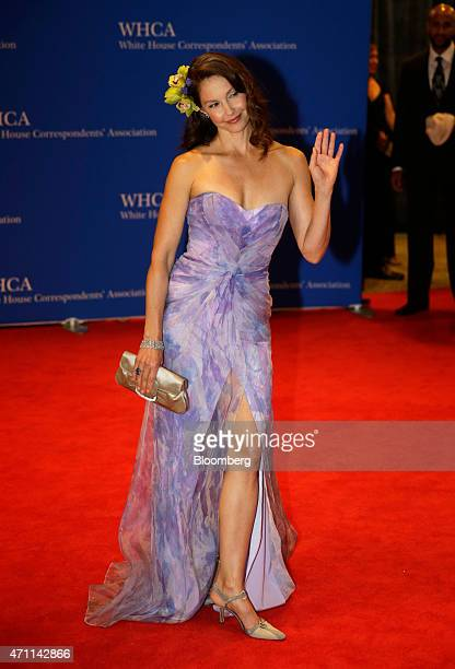 Actress Ashley Judd arrives for the White House Correspondents' Association dinner in Washington DC US on Saturday April 25 2015 The 101st WHCA...