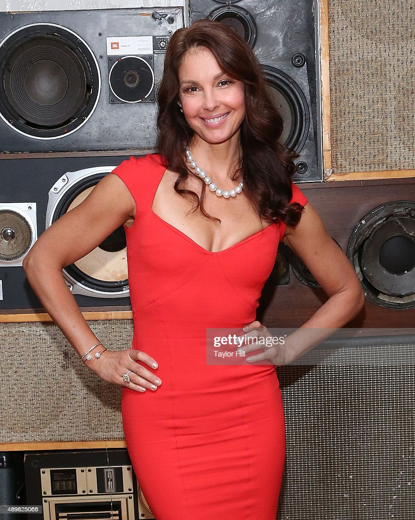 Actress Ashley Judd attends a photocall for 'Big Stone Gap' at Ace Hotel on September 24, 2015 in New York City.