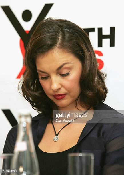 Actress Ashley Judd participates in a YouthAIDS panel discussion and press conference at the 60 Thompson Hotel september 23 2004 in New York City