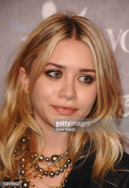 Actress Ashley Olsen arrives to The Art of Elysium 10th Anniversary Gala at Vibiana on January 12, 2008 in Los Angeles, California.
