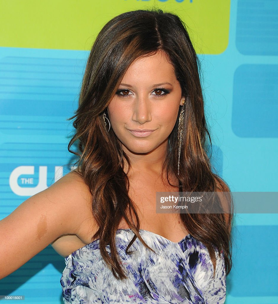Actress Ashley Tisdale attends the 2010 The CW Network UpFront at Madison Square Garden on May 20, 2010 in New York City.