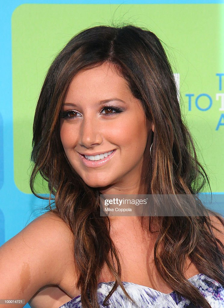 Actress Ashley Tisdale attends the 2010 The CW UpFront at Madison Square Garden on May 20, 2010 in New York City.