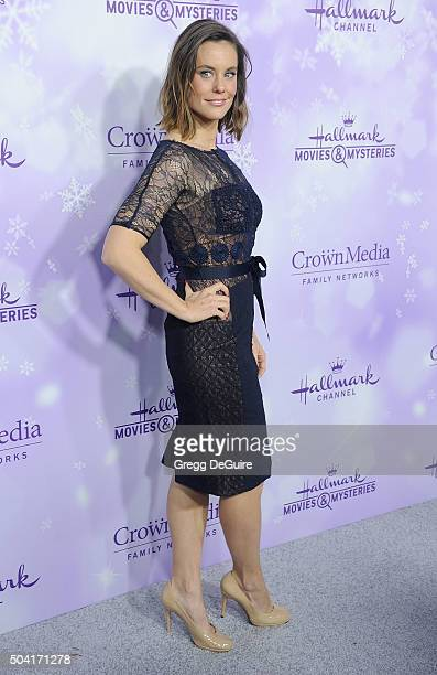 Actress Ashley Williams arrives at the Hallmark Channel and Hallmark Movies and Mysteries Winter 2016 TCA Press Tour at Tournament House on January 8...