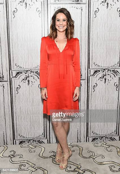 Actress Ashley Williams attends AOL Build to discuss the show 'The Jim Gaffigan Show' at AOL Studios on June 22 2016 in New York City