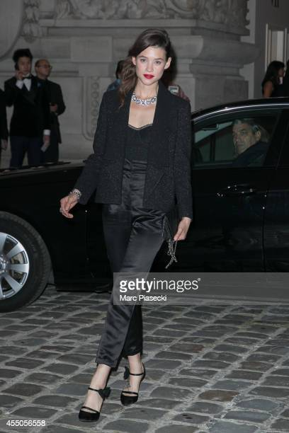 Actress Astrid BergesFrisbey arrives to attend the 'Biennale des Antiquaires' on September 9 2014 in Paris France