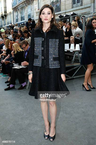 Actress Astrid BergesFrisbey attends the Chanel show as part of the Paris Fashion Week Womenswear Spring/Summer 2015 on September 30 2014 in Paris...