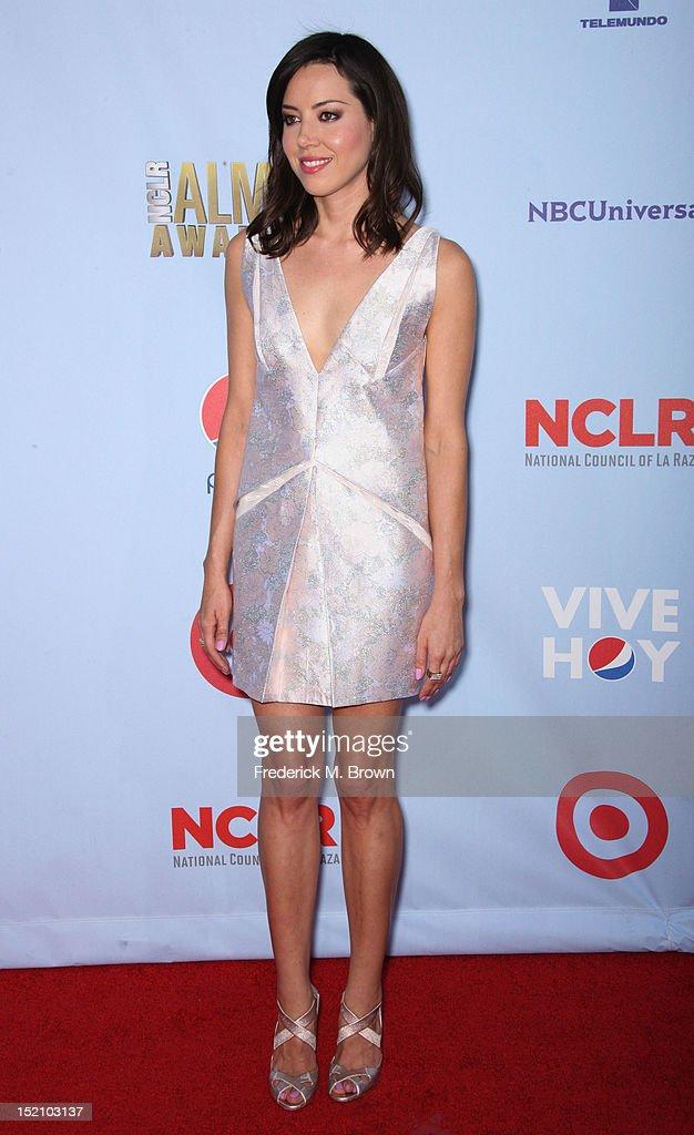 2012 NCLR ALMA Awards - Arrivals : News Photo