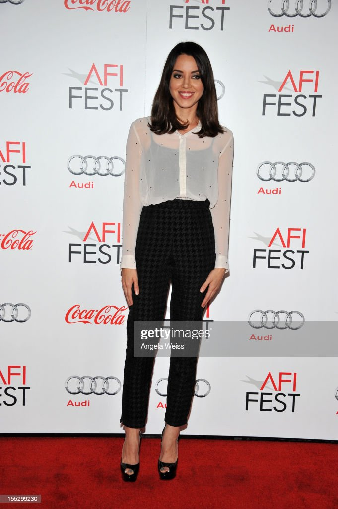 "AFI FEST 2012 Presented By Audi - ""Los Angeles Times Young Hollywood"" Panel - Arrivals  : News Photo"
