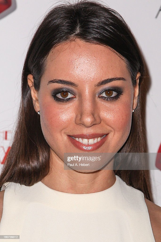Actress Aubrey Plaza arrives at the premiere of A24's 'A Glimpse Inside The Mind of Charles Swan III' held at the ArcLight Hollywood on February 4, 2013 in Hollywood, California.