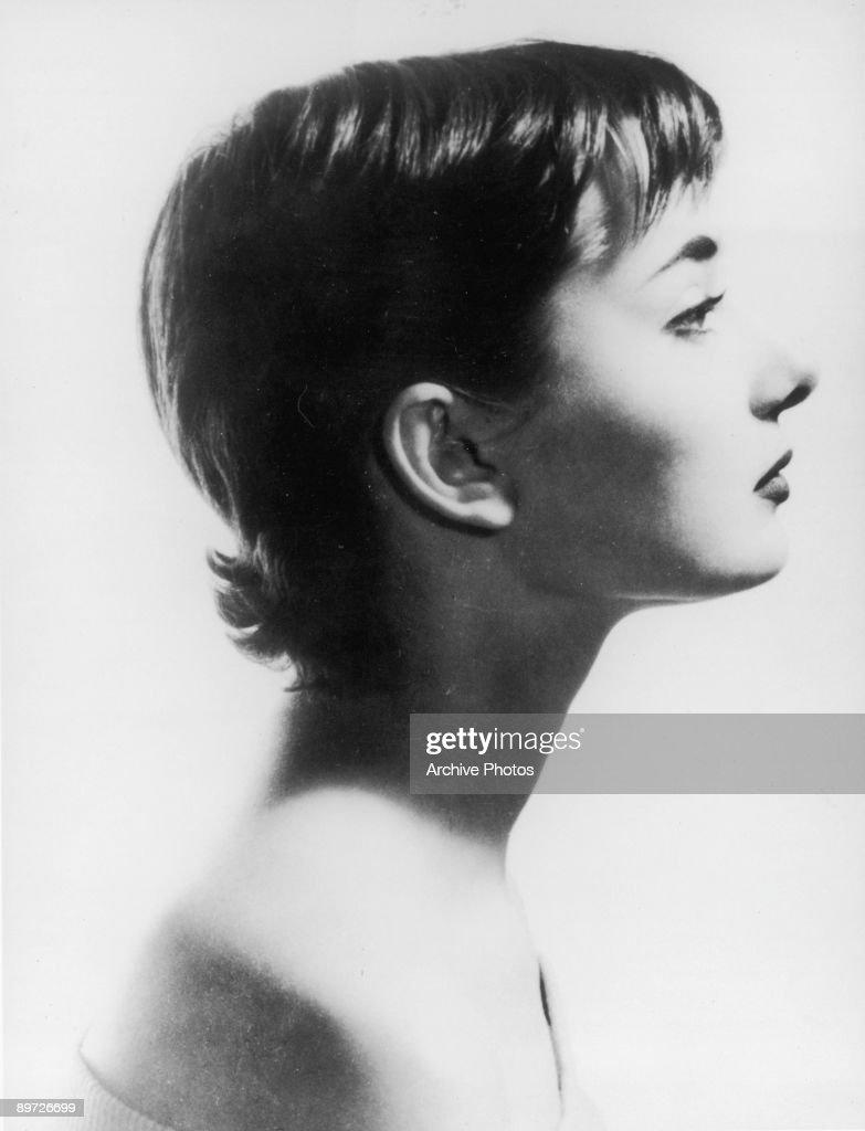Hepburn In Profile : News Photo